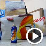 En vidéo : Danup tansforme les affiches publicitaires en poufs écologiques