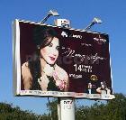 Campagne d'affichage  : Huawei présente Nancy Ajram le 14 février